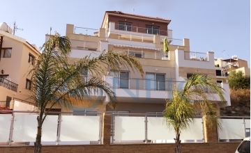 Superior quality 1 bedroom sea view apartment
